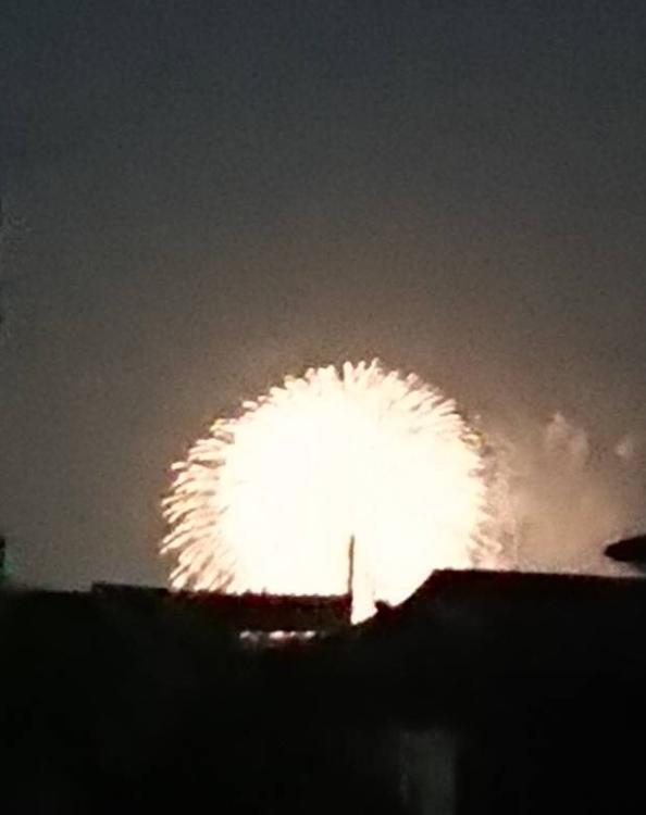 雨中の花火